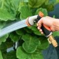 pistola para regar jardin